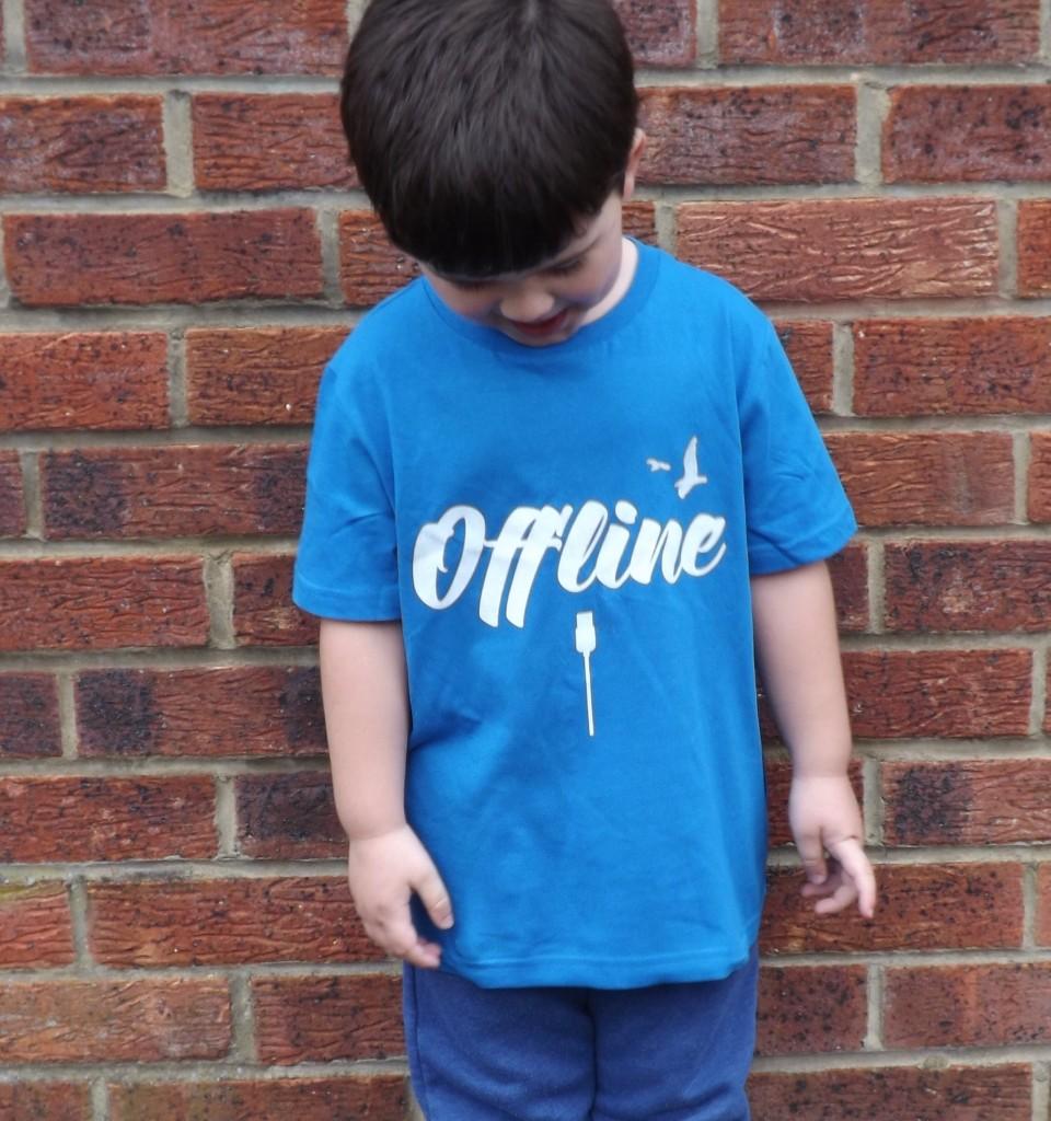 Digital detox kid's t-shirt