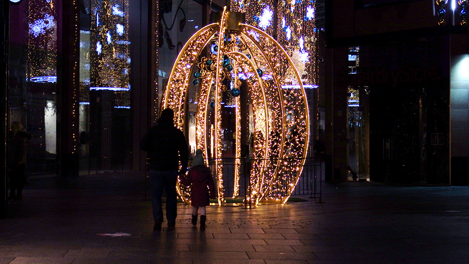 Christmas lights with Melody and Olivia
