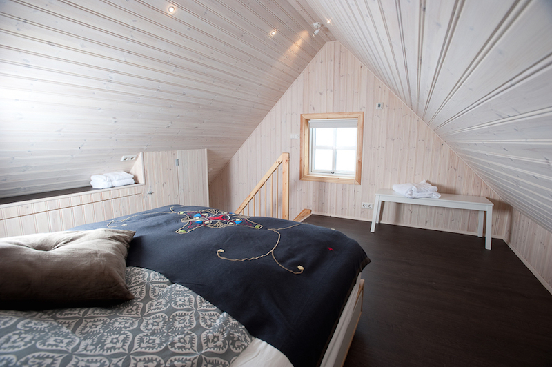digital detox retreat in Iceland