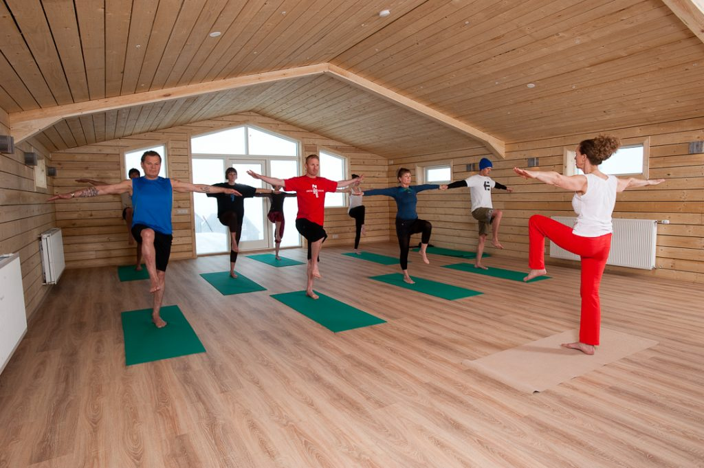digital detox and yoga in Iceland